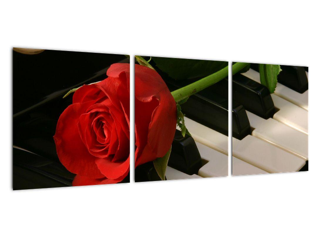 Slika - vrtnice na klavirju