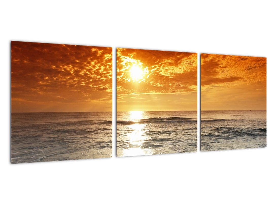 Slika - peščena obala ob sončnem zahodu
