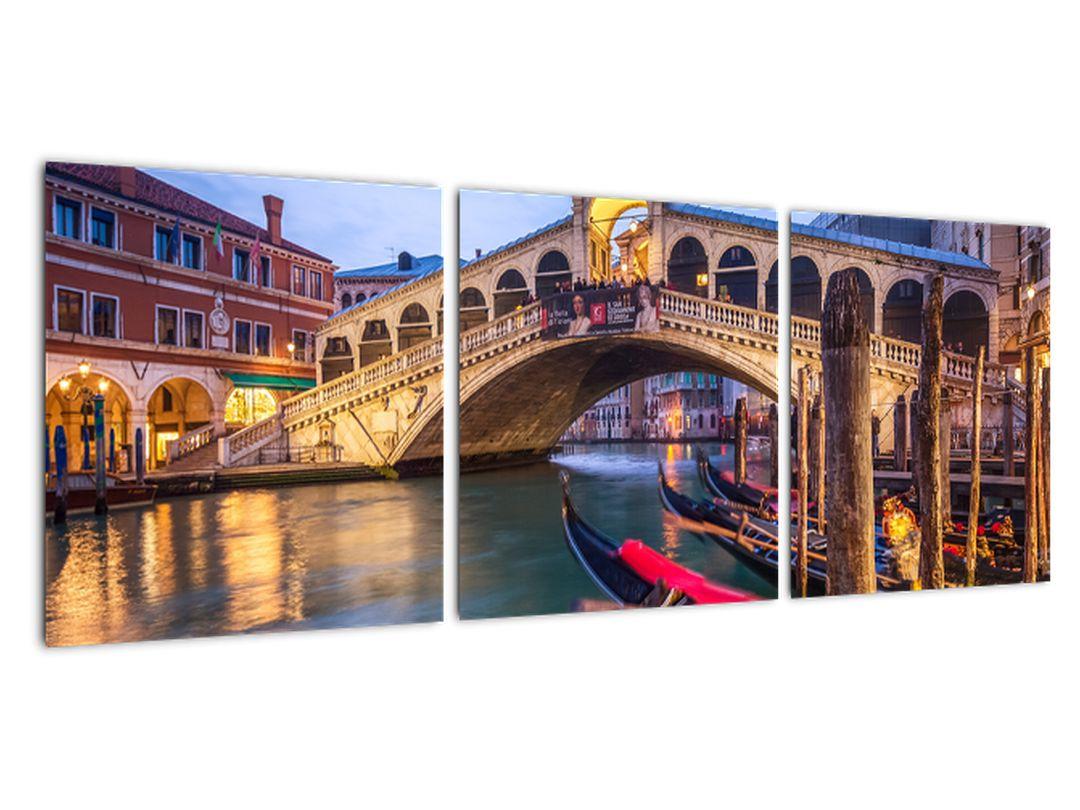 Slika na steni - most v Benetkah